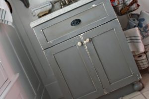 DIY Chippy Painted Bathroom Vanity