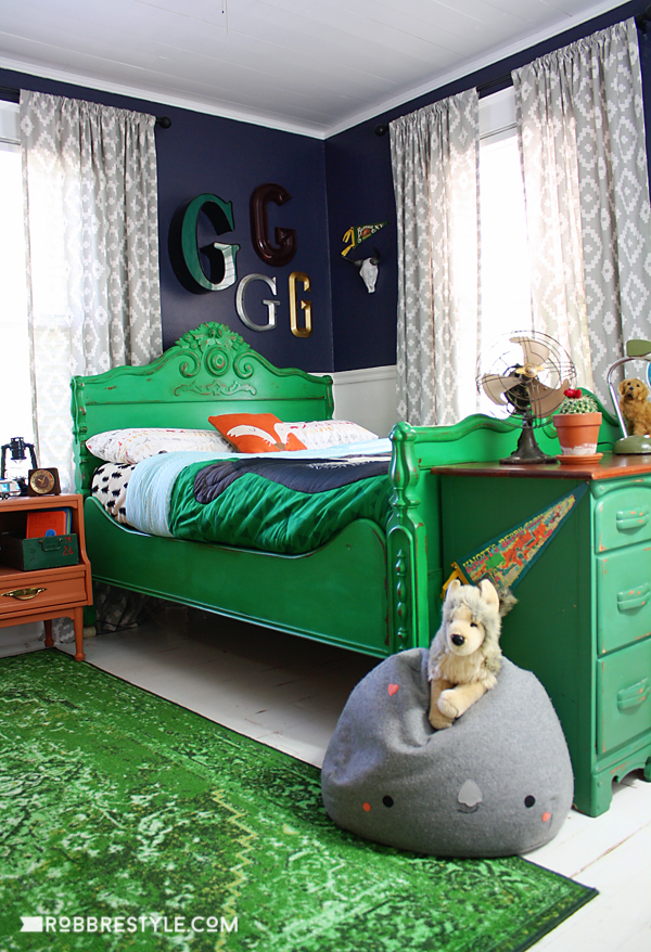 Vintage Camping Boy S Bedroom Retreat