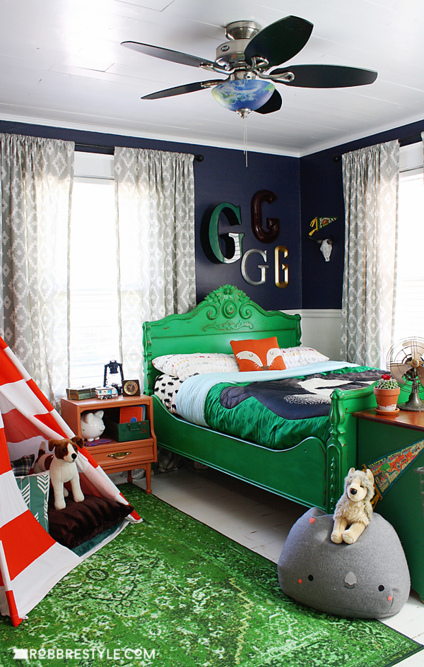 DIY Vintage Camping Boy's Bedroom Design by RobbRestyle.com