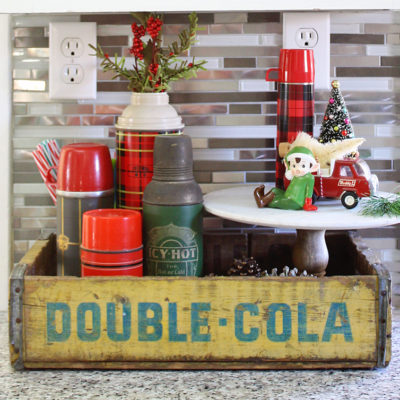 A Vintage Collector's Holiday Kitchen Tour